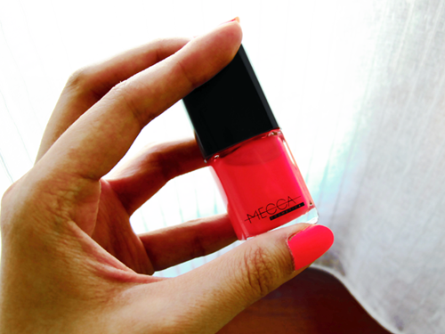 "Minty's Favourite Nailpolish: Mecca Cosmetica's ""Painted Beauty"""